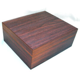 Walnut Tactile-Deco Humidor; 25-30 cigars,105x260x220