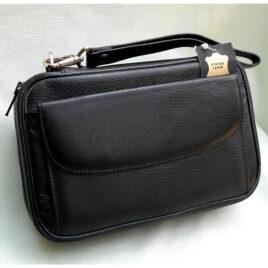 4-Pipe Bag, Black Leather ; Strap; Zip closure